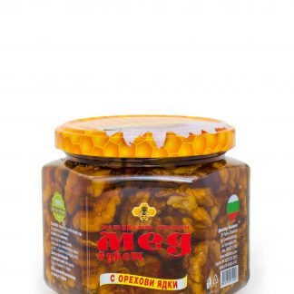 Мед букет с орехови ядки